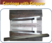 carriage assembly with gripper holder